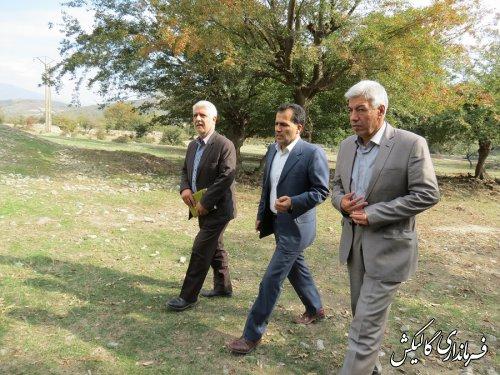 بازدید فرماندار گالیکش از محل احداث پروژه دهکده گیاهان دارویی شهرستان