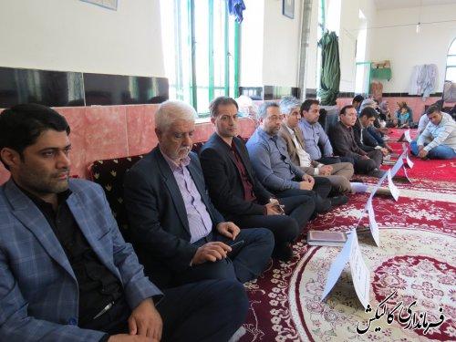 """""""میز خدمت"""" مسئولین شهرستان گالیکش در روستای """"دارآباد"""" برگزار شد"""