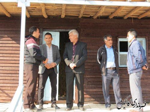بازدید فرماندار گالیکش از مراحل آمادهسازی کلبه روستایی شهرستان در جشنواره اقوام گنبد کاووس