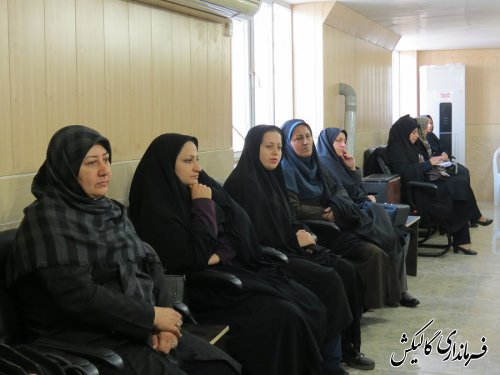 نقش زنان در ادوار مختلف انقلاب اسلامی غیرقابل انکار است