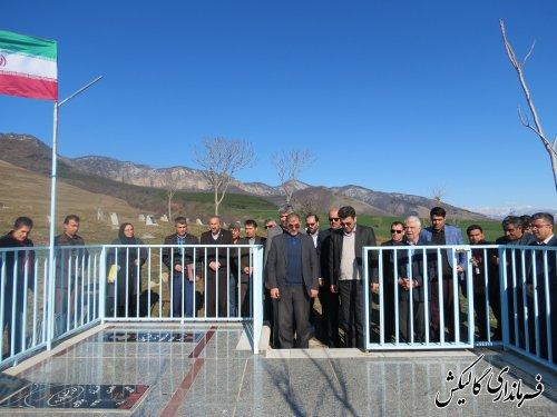 مراسم عطرافشانی گلزار شهدا و دیدار با خانواده شهید در روستای آققمیش شهرستان گالیکش برگزار شد